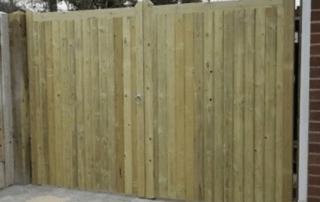 Close board gates